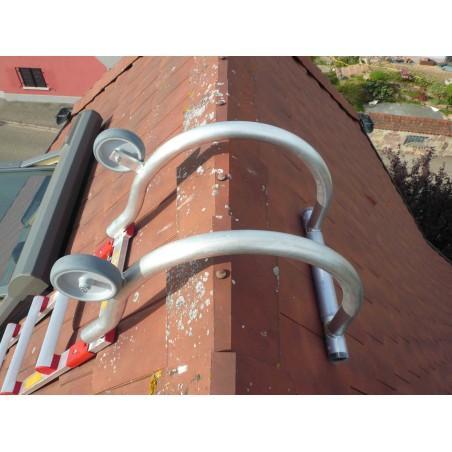 crochet de faitière pour échelle de toit